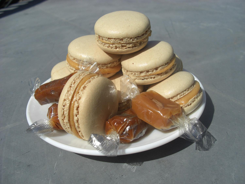 macarons_caramel_beurre_sale